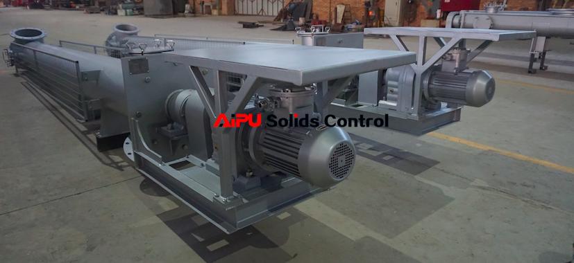 Oil sludge screw conveyor delivery
