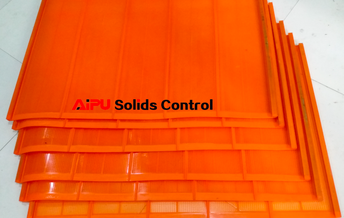 Delivery of polyurethane shaker screens